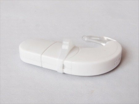 Silicon eyeglasses holder for cochelar implants or hearining aids